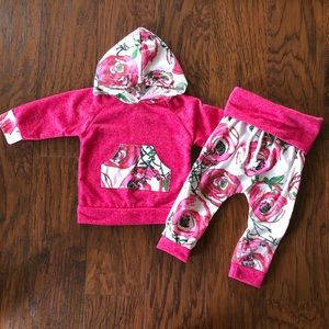 Other - Floral Sweatshirt Outfit